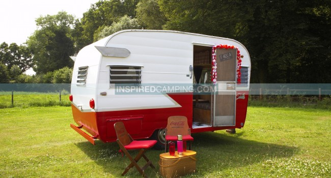 Cool Camping Site - Shasta Vintage Caravan