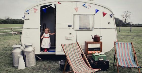 Glamping, estilo vintage caravana, Camping inspirado, camping camping frío